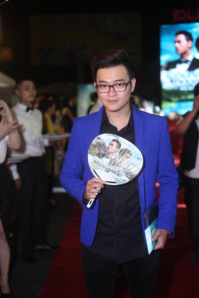 Ca sỹ Minh Cường, người thể hiện ca khúc chính của phim.