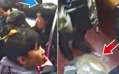 Ảnh trái: Chân dung người đàn ông đóng giả thai phụ để được nhường ghế trên tàu ở Trung Quốc (mũi tên xanh). Ảnh phải: Bụng bầu giả của người đàn ông bất ngờ bị rơi khi anh ta xuống tàu.