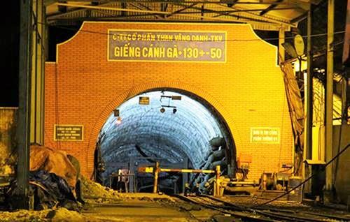 Hiện trường vụ tụt lò hầm than Vàng Danh