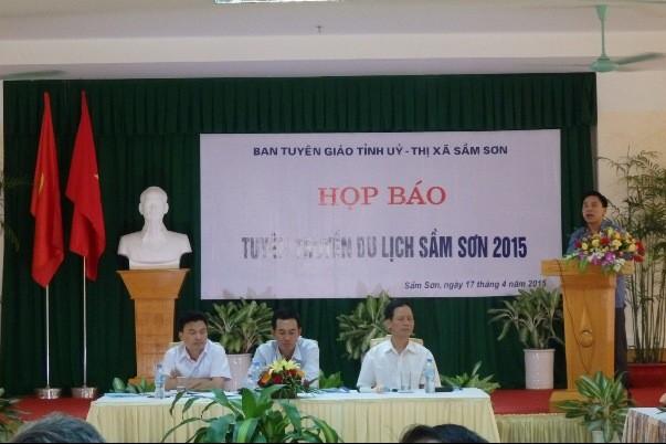 Ông Đỗ Trọng Hưng, Trưởng Ban Tuyên giáo Tỉnh ủy Thanh Hóa phát biểu tại buổi họp báo