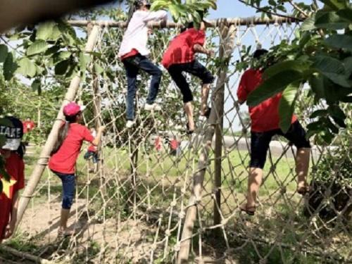 Màn trèo rào đầy thử thách