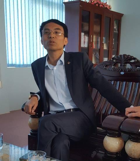 Ông Nguyễn Minh Tiến, Giám đốc Ban QLDA di dân tái định cư thuỷ điện Sơn La khẳng định sẽ minh bạch trong công tác đấu thầu. Ảnh: N.T