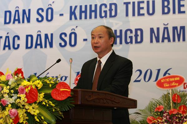 Ông Nguyễn Văn Tân, Phó Tổng cục trưởng phụ trách Tổng cục DS-KHHGĐ phát biểu khai mạc Hội nghị