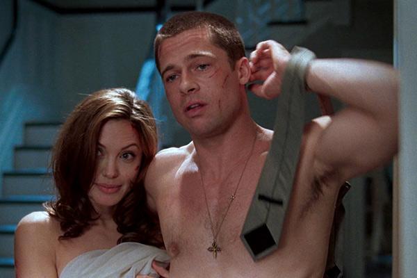 Brad Pitt bị cho là tự ti về bản thân trong đời sống tình dục với vợ