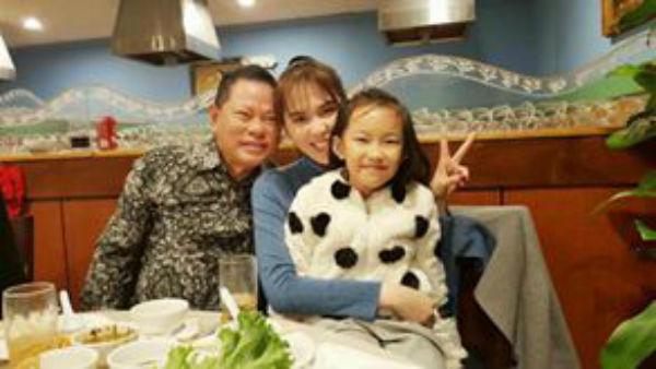 Ngọc Trinh trong bữa tiệc của gia đình tỉ phú Hoàng Kiều.