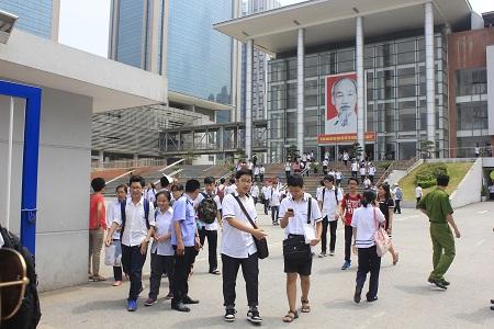 Chỉ tiêu vào lớp 10 năm học 2017 - 2018 ở Hà Nội không nhiều biến động so với năm trước. Ảnh: T.Hằng