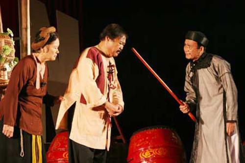 Thước phim hiếm hoi trong vở Hồn Trương Ba da hàng thịt với sự góp mặt của nghệ sĩ Phạm Bằng.