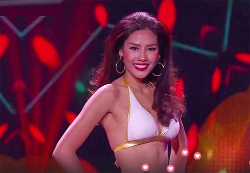 Các thí sinh tham gia trình diễn trang phục bikini và dạ hội trong đêm bán kết Miss Grand International. Dựa vào điểm của vòng này, ban giám khảo sẽ chọn các gương mặt cho chung kết. Trong ảnh: Nguyễn Thị Loan ở phần thi bikini.