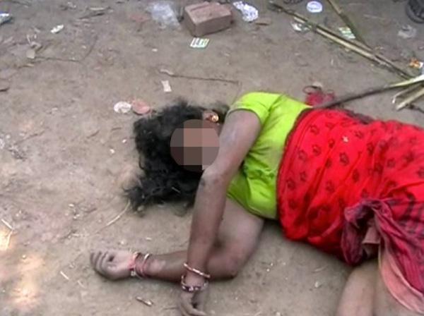 Người phụ nữ bị đánh đến bất tỉnh.