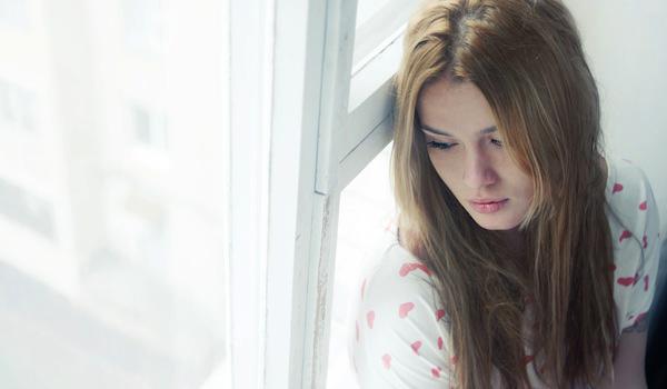 Ra về trong đau đớn tủi hổ, đúng là giác quan phụ nữ có sai bao giờ, chồng tôi đã ngoại tình. (Ảnh minh họa)