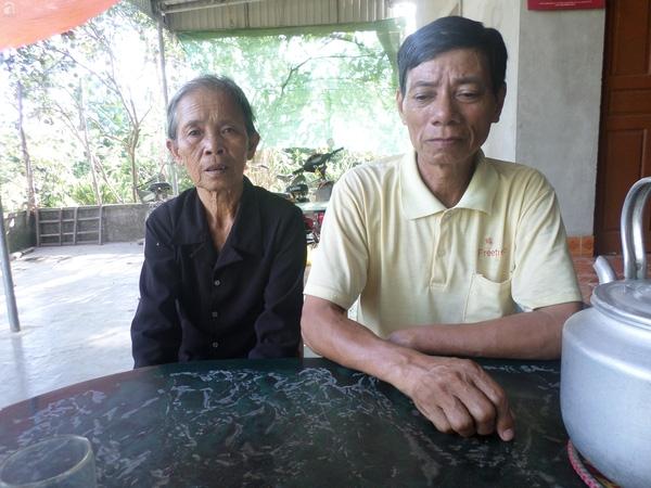 Ông bà ngoại của Trang đau xót khi nhắc đến đứa cháu bất hạnh.