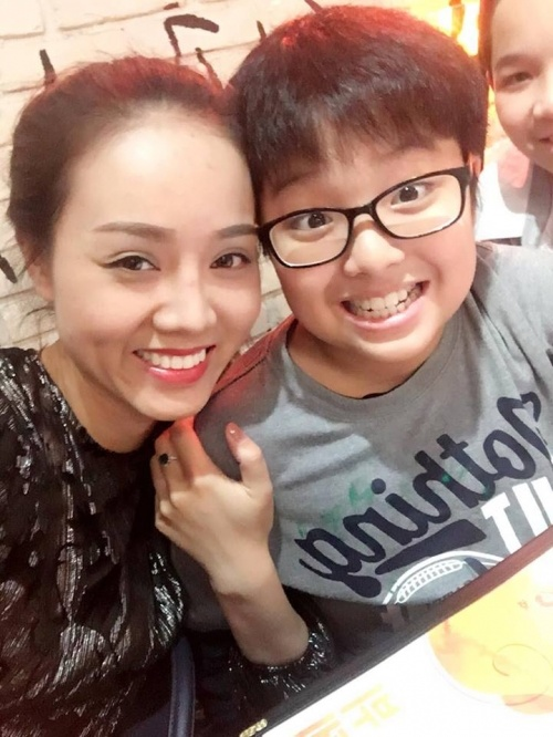 Ngọc Hà và bé Tít (con trai MC Thảo Vân).
