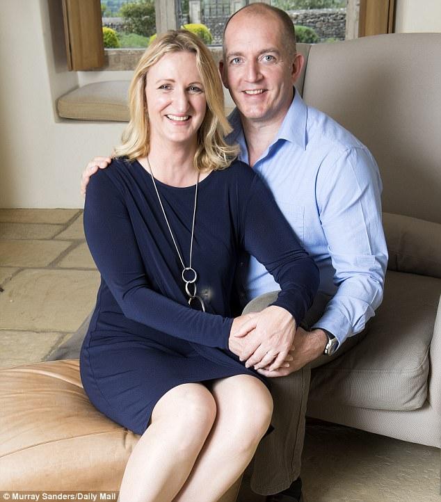 Claire và chồng - trung sĩ Alexander Blackman