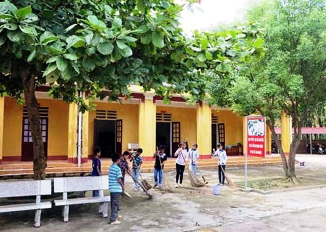 Một góc trường THCS Phúc Khánh nơi cháu Nguyễn Thị L. đang theo học lớp 9. Ảnh: Nhật Tân