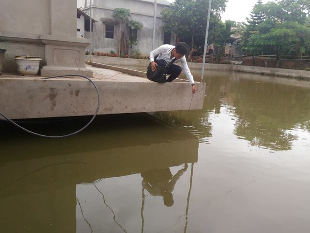 - 19718512 952852844854853 511688251 o 1499136002335 - 4 người trong dòng họ chết đuối thương tâm: Ao sâu chỉ 1 mét!