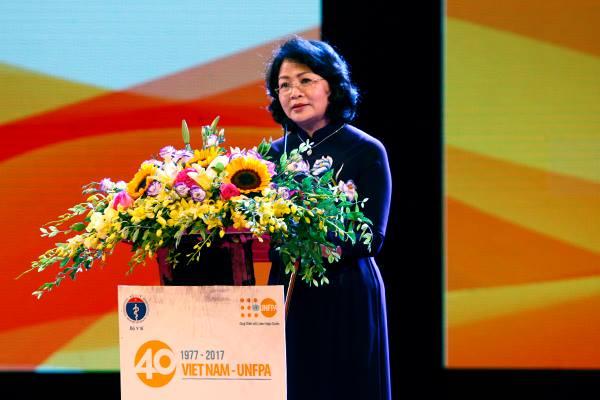 Phó Chủ tịch nước Đặng Thị Ngọc Thịnh phát biểu tại Lể kỷ niệm 40 năm hợp tác giữa Việt Nam - UNFPA và ngày Dân số Thế giới 11/7