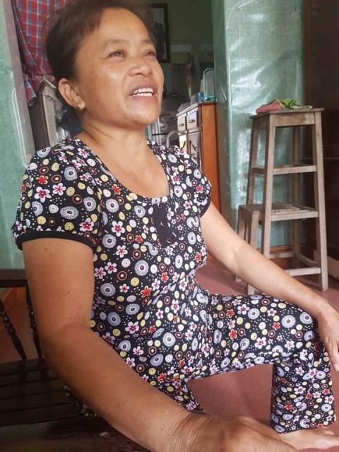 Bà Đoàn Thị Hiền, người từng được nhân viên Công ty Bảo hiểm Prudential hỏi về bệnh tình của anh Đặng Đình Q. sau khi khách hàng này qua đời. Ảnh: PV