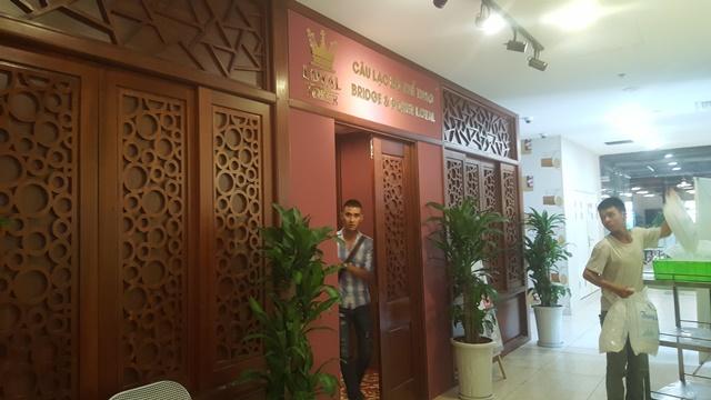 Loyal Poker Club nằm trên tầng 3 tòa nhà D2 Giảng Võ - Cạnh trụ sở Công an phường Giảng Võ (quận Ba Đình - Hà Nội).