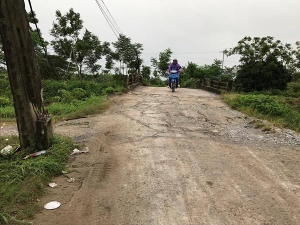 Đoạn đường nơi nghi can trộm chó bị người dân đánh tử vong. Ảnh: Nhật Tân