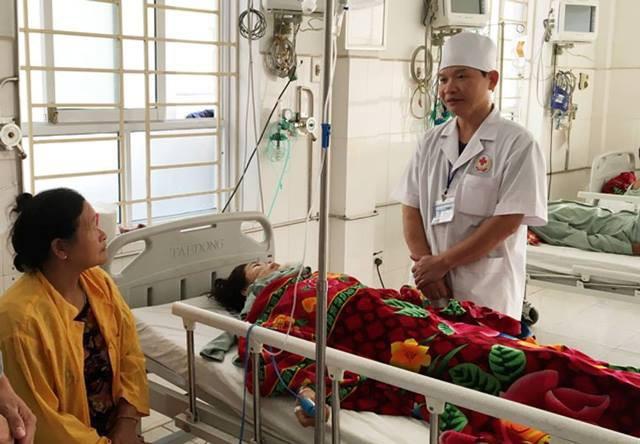 Nạn nhân đang được điều trị tích cực tại bệnh viện.