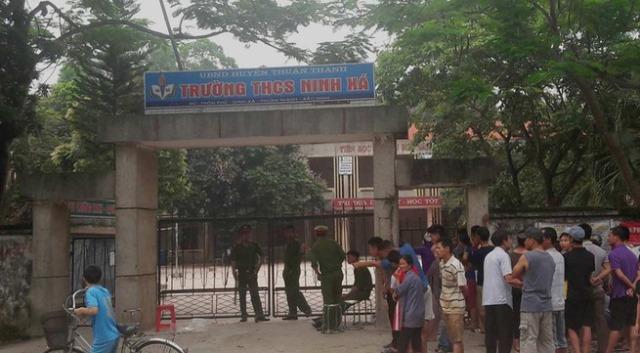 Trường THCS Ninh Xá nơi xảy ra vụ án mạng.