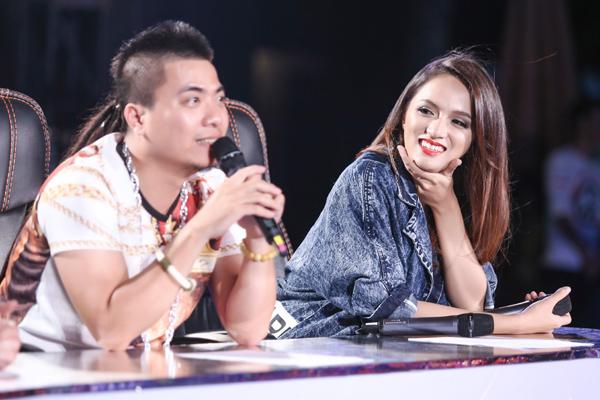 Rời khỏi cuộc thi Vietnam Idol, Hương Giang đắt show giám khảo