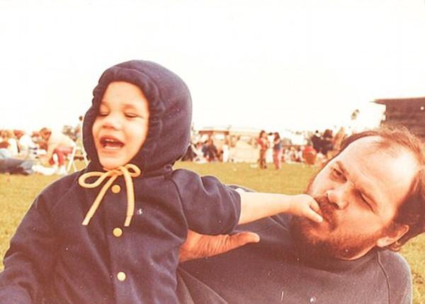 Hình ảnh của Meghan và cha lúc cô còn nhỏ.