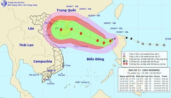 Bão số 11 đang phát triển mạnh ở Biển Đông với sức gió giật cấp 13.