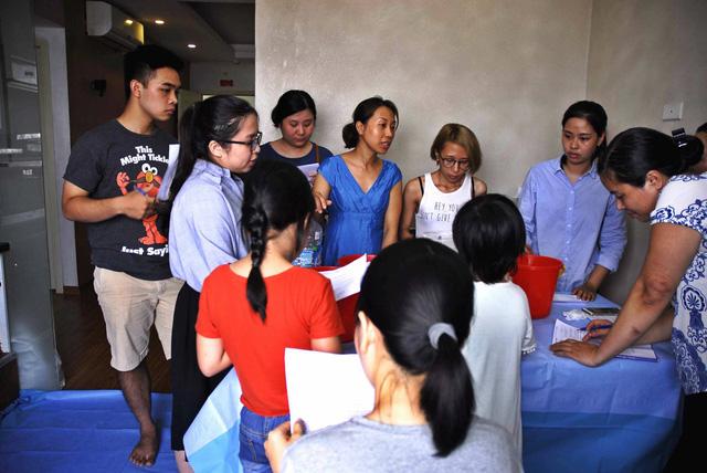 Lớp học làm bánh của chị Hương lúc nào cũng đông học viên đăng ký muốn theo học