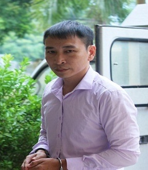 Bị cáo Tấn nhắn tin vu khống lãnh đạo huyện lĩnh án