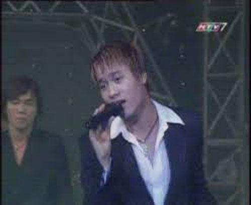 Ca sĩ Trần Nguyên - cựu thành viên nhóm nhạc AXN đình đám một thời - đã tử vong vì bệnh đột quỵ. Ảnh TL