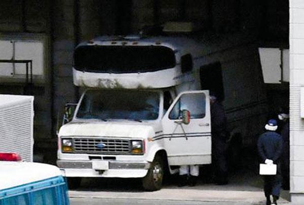 Hai chiếc xe của nghi phạm được cho là bằng chứng giải quyết được sự việc?