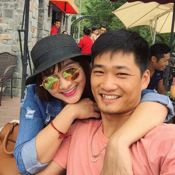 Lấy chồng khi tuổi đời còn khá trẻ nhưng Bảo Thanh nhận được sự thông cảm và giúp đỡ từ chồng cùng gia đình chồng.