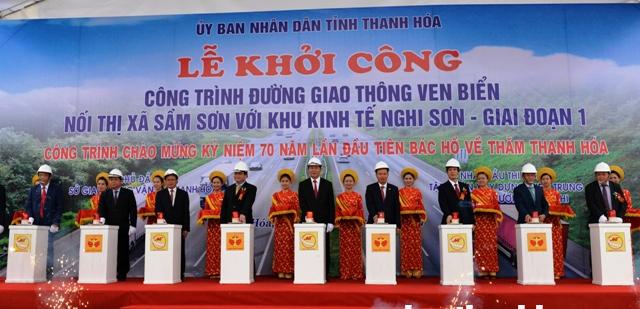 Lễ khởi công dự án đường ven biển tại Thanh Hóa ngày 20/2. Ảnh: BTH