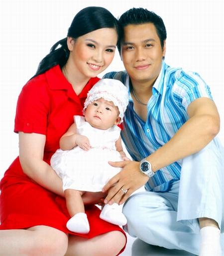 Gia đình hạnh phúc của Việt Anh với người vợ đầu tiên