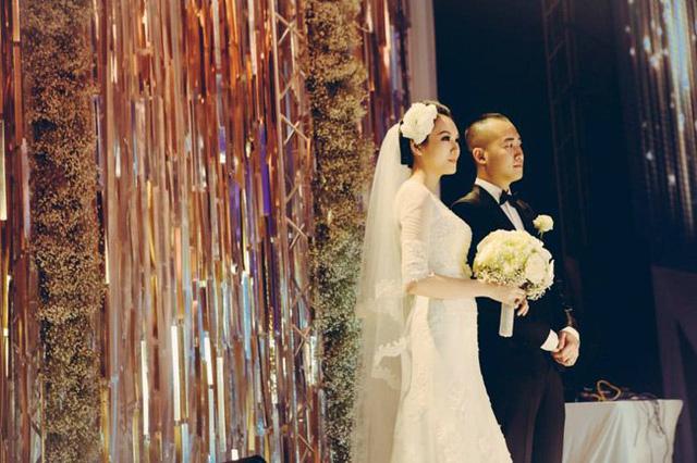 Cận cảnh đám cưới 7 tỷ của Ngọc Thạch và thiếu gia Đỗ Bình Dương
