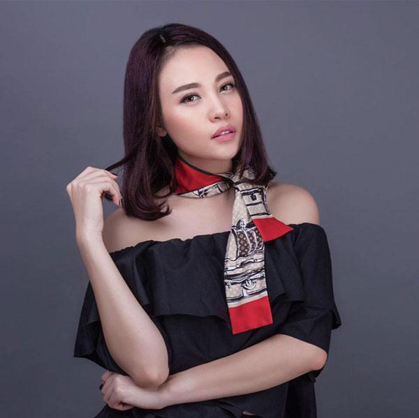 Hiện tại dân mạng đồn đoán Đàm Thu Trang chính là người mới của Cường Đô la. Đây cũng là một mỹ nhân không hề xa lạ trong làng giải trí Việt. Người đẹp có một bề dày thành tích trong các cuộc thi nhan sắc tại Việt Nam. Cô gái xứ Lạng từng đoạt giải Miss Teen được yêu thích nhất 2008, Hoa khôi xứ Lạng 2010, top 20 Hoa hậu Việt Nam 2010, top 6 Vietnams Next Top Model 2010.