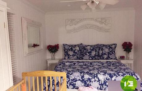 Phòng ngủ ấm cúng của hai mẹ con. Căn hộ nhỏ ở trời Tây cũng làm nhiều người phải trầm trồ trước độ
