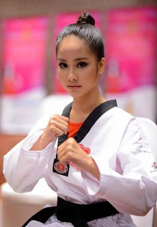 Sở hữu vẻ ngoài nữ tính nhưng ít ai biết được Võ Hồng Ngọc Huệ lại là một cao thủ Taekwondo.