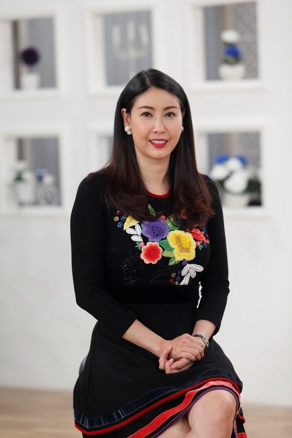 Rời xa thương trường Hà Kiều Anh trở về làm người phụ nữ của gia đình