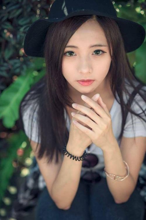 Cô nàng bán bánh đậu đỏ xinh đẹp này cũng từng xuất hiện trên một chương trình truyền hình dành cho giới trẻ.