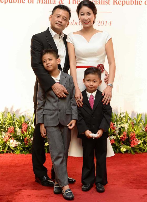 Hà Kiều Anh hiện tại có cuộc sống viên mãn bên gia đình