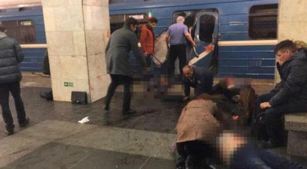 Đây chính là hình ảnh hỗn loạn tại hiện trường vụ nổ tàu điện ngầm.