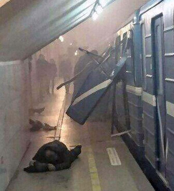 Nhiều người đã bỏ mạng trong một vụ đánh bom khủng bố.