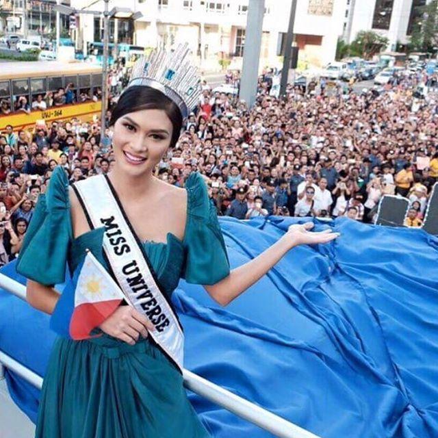 Hoa hậu Pia được chào đón tại quê nhà