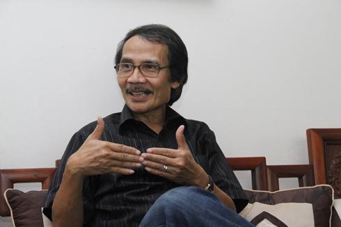 GS Đặng Cảnh Khanh, Viện Trưởng Viện nghiên cứu Truyền thống và phát triển
