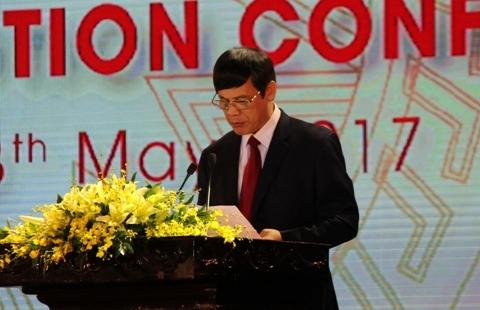 Ông Nguyễn Đình Xứng - Chủ tịch UBND tỉnh Thanh Hóa phát biểu
