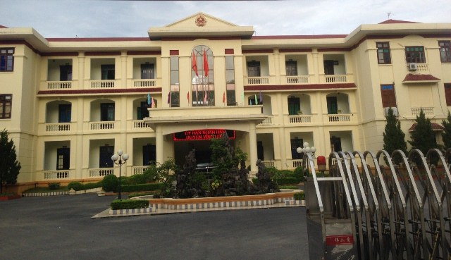 Trụ sở UBND huyện Vĩnh Lộc bị kẻ gian đột nhập lúc đêm mưa