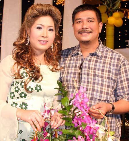 Vợ chồng NSND Hồng Vân – Lê Tuấn Anh. Ảnh: TL