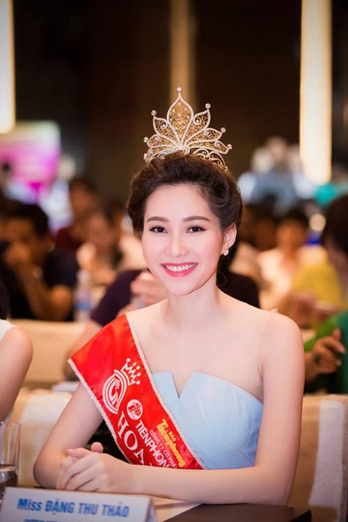 Hoa hậu Thu Thảo từng gây ra nhiều ý kiến trái chiều khi hai lần liên tiếp từu chối đi thi Miss World